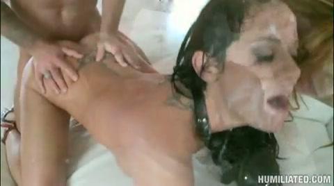 sex in sexclub oma met natte kut