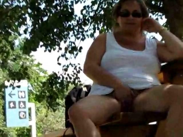 vrouw zoekt masseur oma slikt sperma