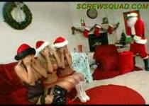 PLaatje van Drie geile meisjes krijgen kado van de kerstman