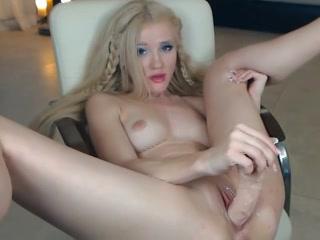 PLaatje van Blond webcam meisje en haar sex speeltjes