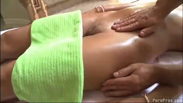 PLaatje van Erotische massage van het perfecte sexy lijfje